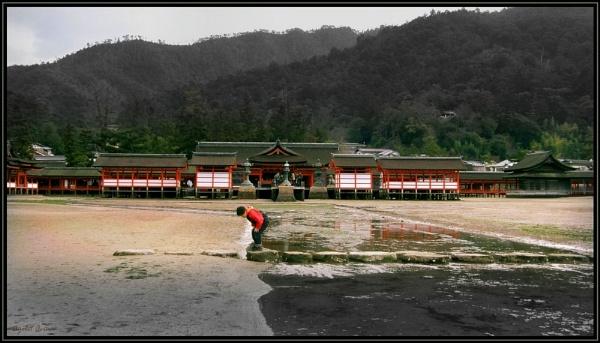 Itsukushima Shrine by Ayelet_A