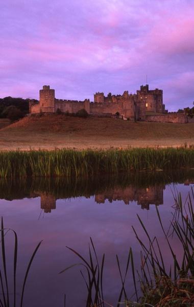 Alnwick Castle by SGIBBONS