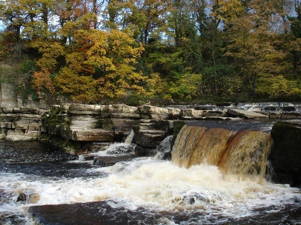 waterfalls at richmond by SimplySimon