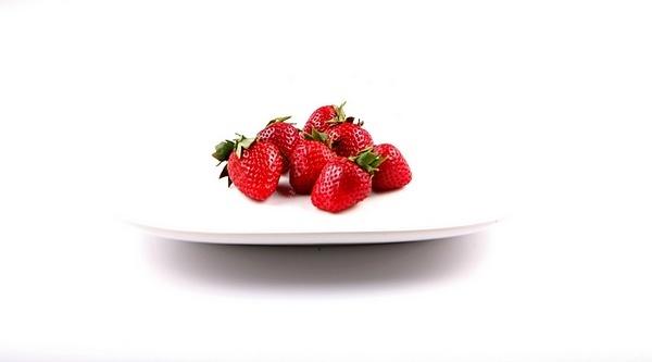 strawberry by alzh