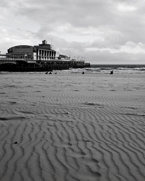 Bournemouth Pier by Retnyap