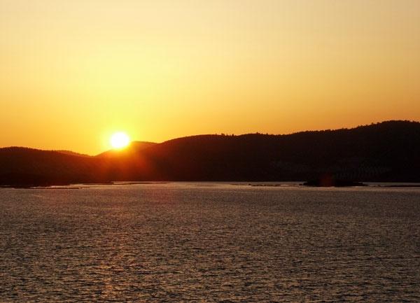 Sunset by bpjohn