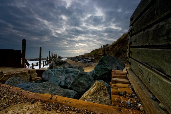 Sea defence at happisburgh by Dwaller