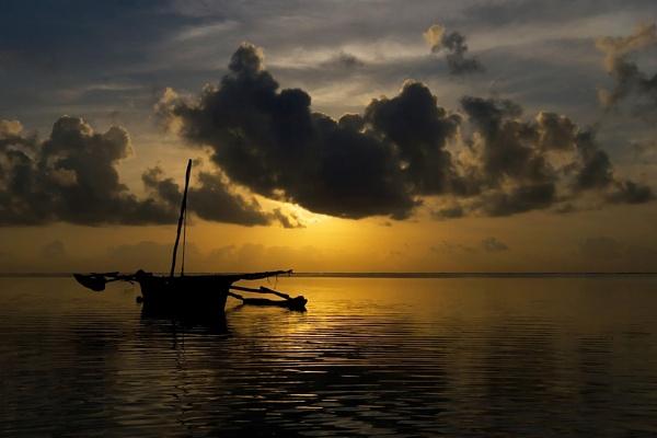 Kenya Morning Sun by jos