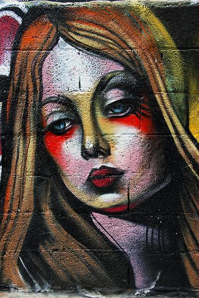 Graffiti in Santa Cruz by urdygurdy