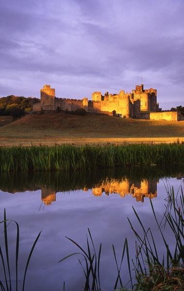 Alnwick Castle (2) by SGIBBONS