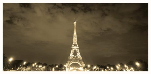 PARIS by acididko