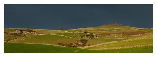 Minninglow Hill by ian.daisley