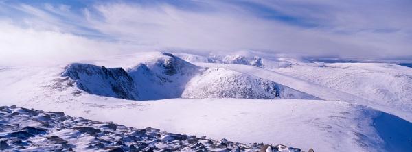 Cairngorm Mountains by landandlight