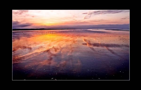 Striking Sunrise by Lois96