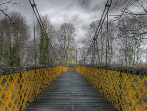 yellow bridge hdr