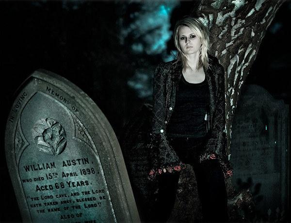 Twilight Emily by martinproe