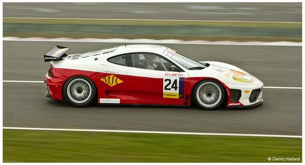 Ferrari by DEK4