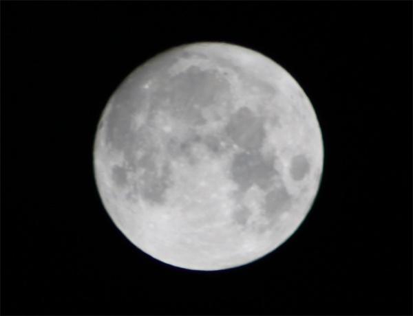 April New Moon by webdady