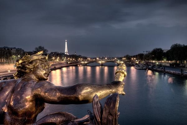 Paris by davidsaenzchan