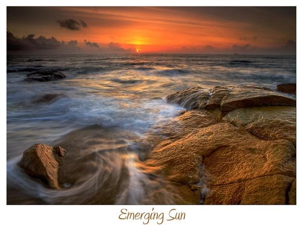 Emerging Sun by dmhuynh72