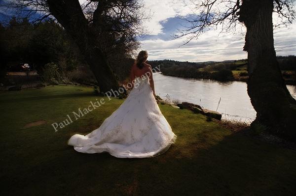 lisas wedding pose by paulmackiemaging
