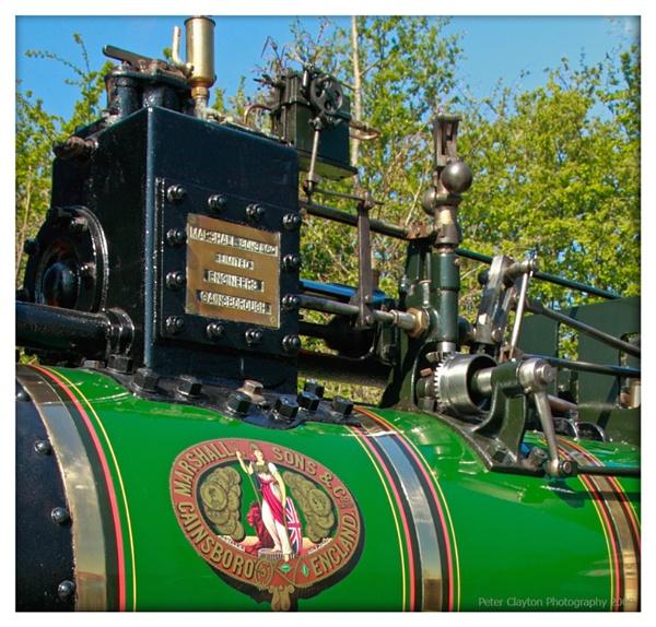 Big Green Puffing Machine by Clayey