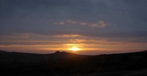 sunrise over haytor by bigbob2