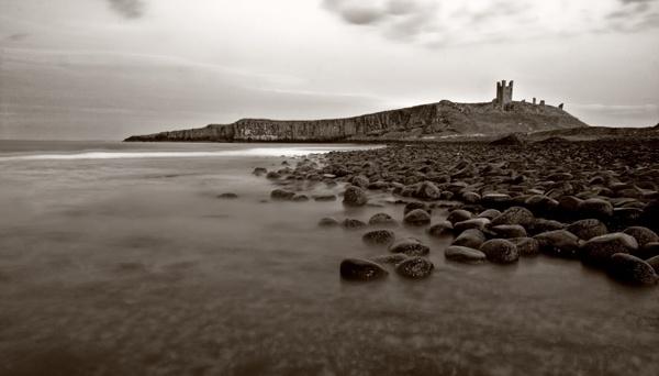 Dunstanburgh Castle by fourdavisons
