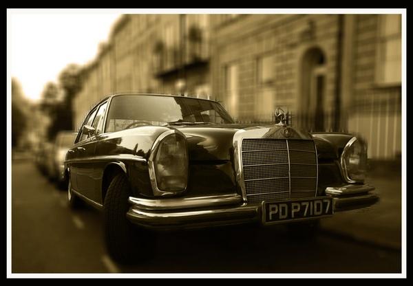 Mercedes by acididko