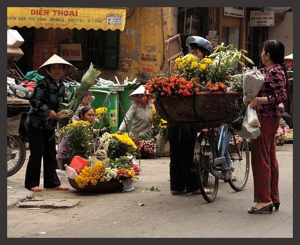 Flower Sellers by nikon