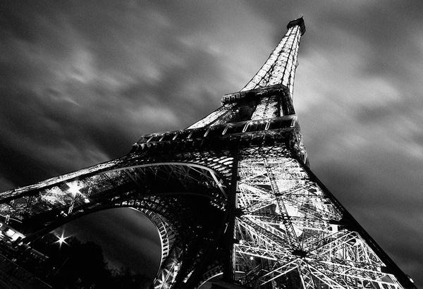 Eiffel Towel by davidsaenzchan