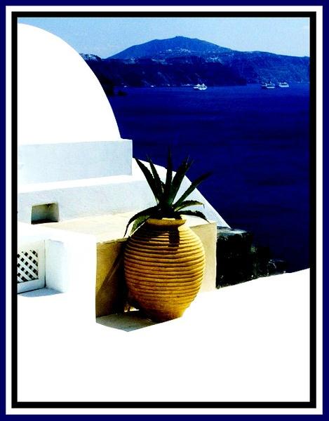 Santorini by Rosie1411