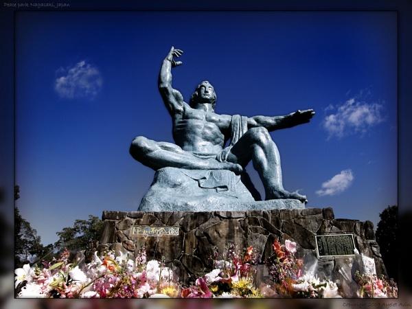 Nagasaki Peace Statue by Ayelet_A