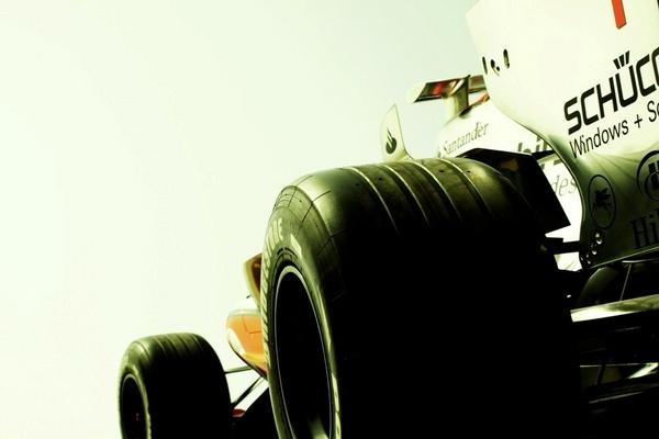 Formula one 2009 in Bahrain by livermilan