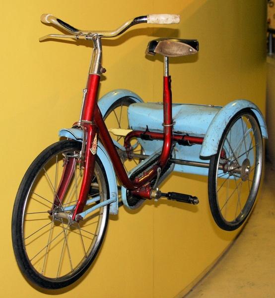 An old Bike by Raymondo701