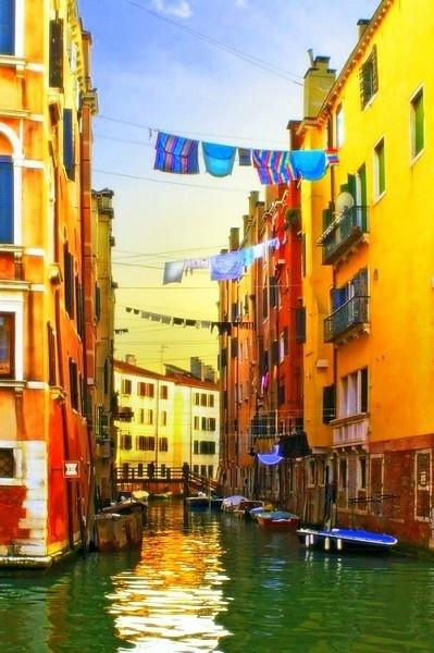 Venetian colours by chazcherry