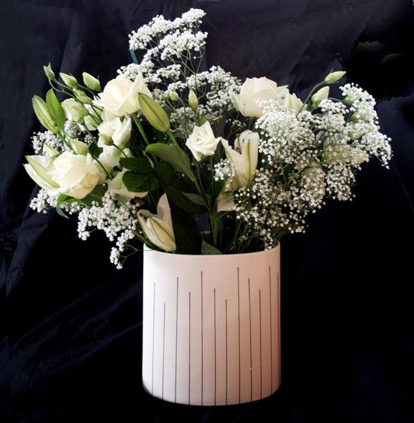 Snowy Bouquet by Artois