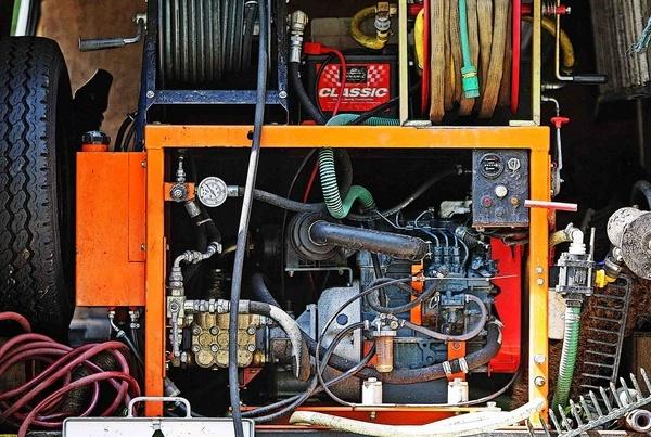 Engine Room by depthimages