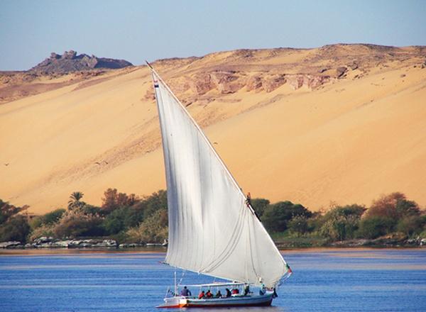 Nile Felucca by HelenHiggs