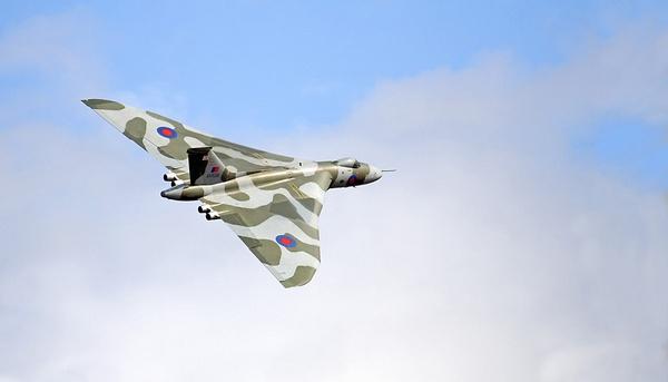 Vulcan Sept 2008 by RTR