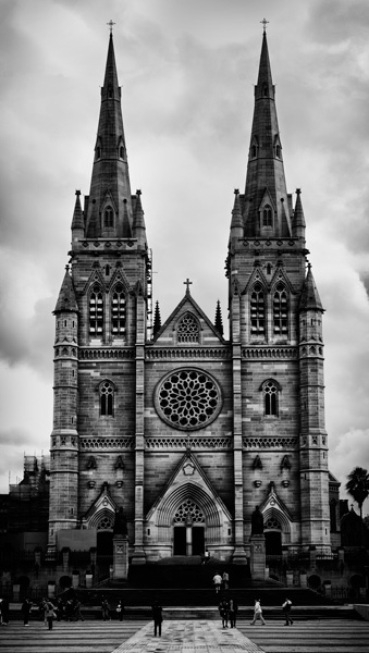 St Mary\'s Cathedral by adamm