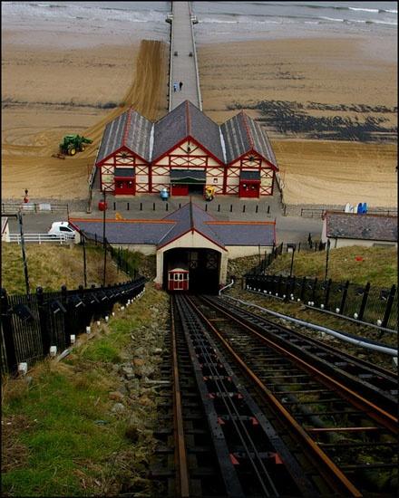 Saltburn Tram by chrissyste