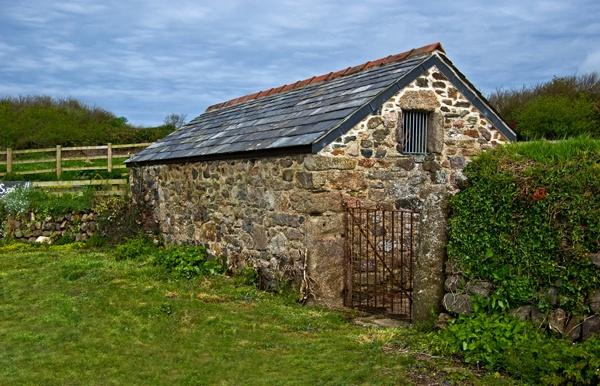 Sunnywell Barn by Ratcatcher