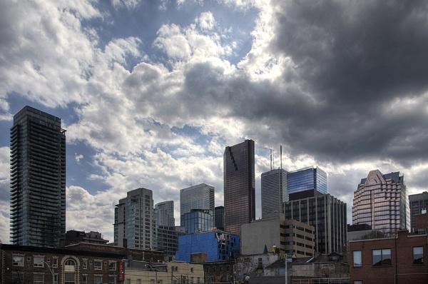 Toronto Skyline by themoabird