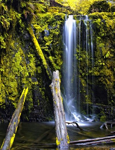 Marriners Falls by fourdavisons