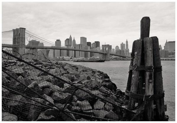 Brooklyn Bridge by Paul1972