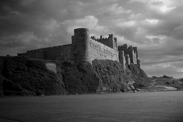 Bamburgh Castle by hwilkinson