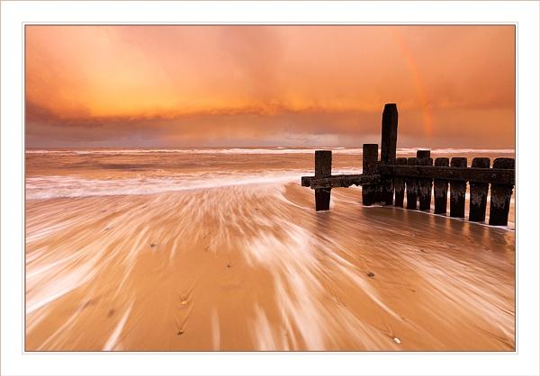 Mundesley Beach by Ewan