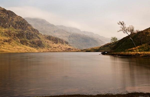 Scottish Loch by abesad