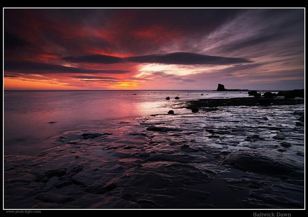 Saltwick Dawn by martin.w