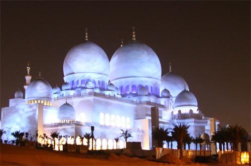 Sheikh Zayed Mosque - Abu Dhabi by webdady