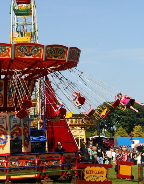 All the Fun of the Fair by Retnyap