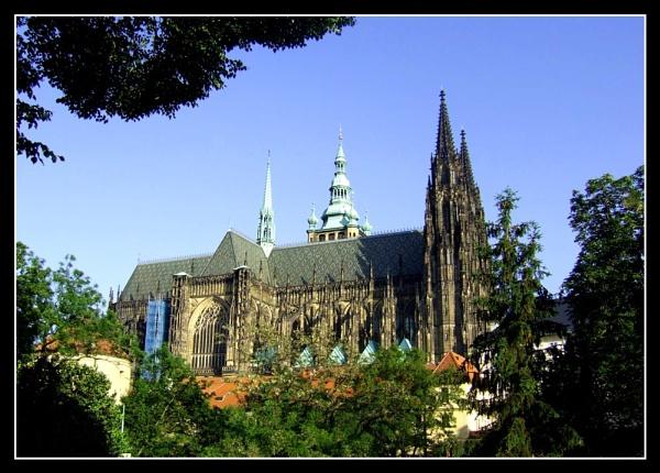 Prague by moglen