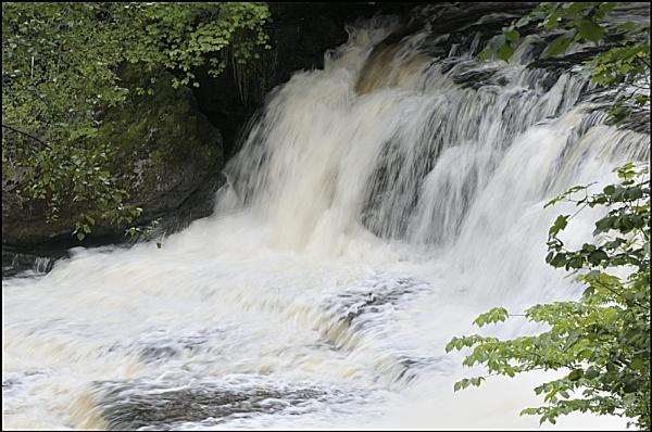 Aysgarth Falls by Ian Hunter